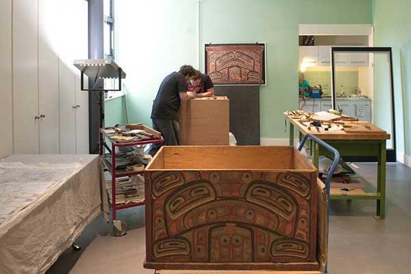 Haida artists working in the Pitt Rivers Museum