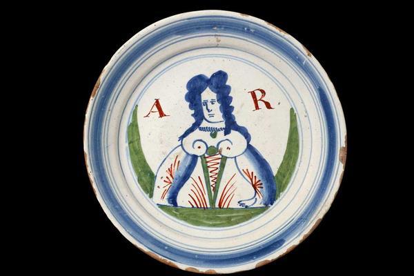 Delftware plate of Queen Anne