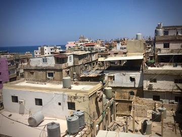 Informal area of Ouzaii in southern Beirut, Lebanon © Hanna Baumann 2018
